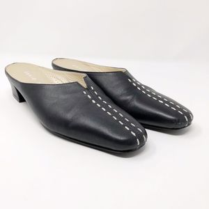 DAVID TATE Black Mules with White Stitching EUC 6N